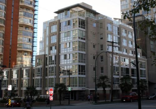 910 Beach Avenue